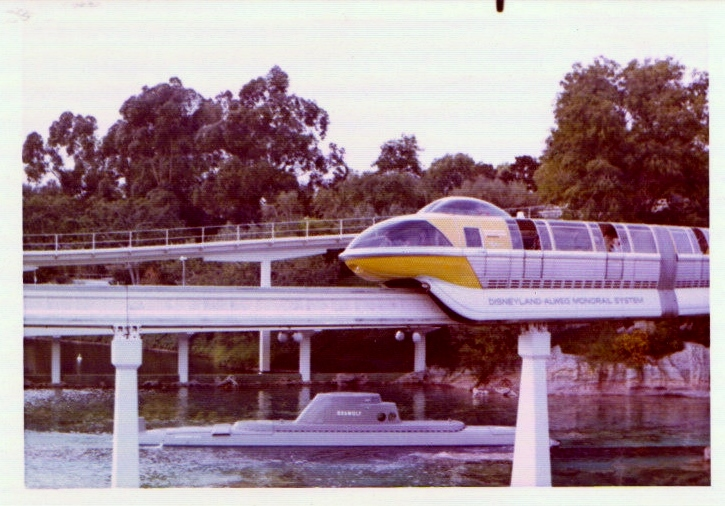 I love this shot of the sub and Monorail, and I can't help think about the fact that there were no digital cameras to be able to tell if you got the timing right or not. You had to wait till you got home! - 1974